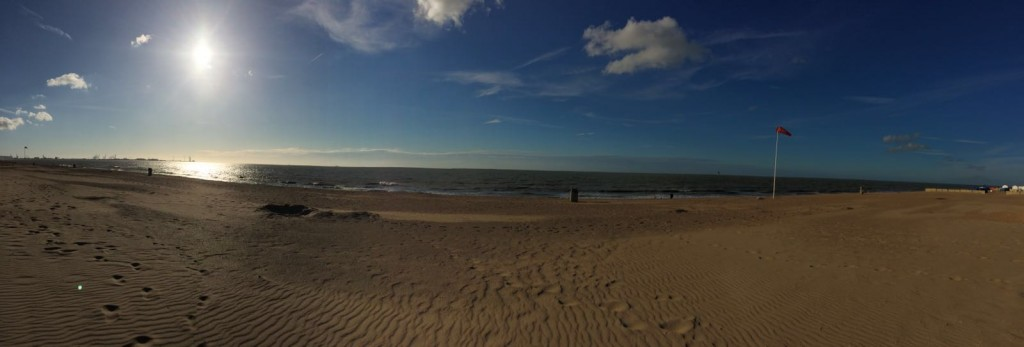 strand_zee_zon_lucht